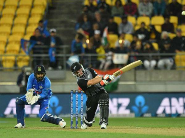 भारत ने सुपर ओवर में छोड़े 2 कैच
