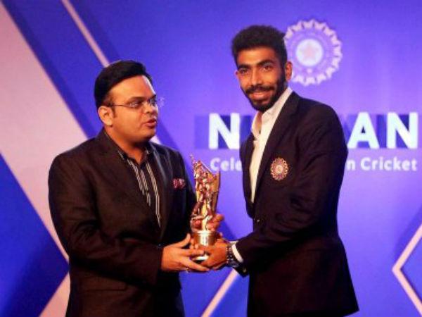 बीसीसीआई अवॉर्ड सामारोह में बुमराह ने जीते 2 पुरस्कार