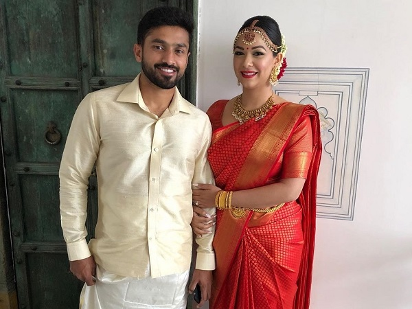 गर्लफ्रेंड शनाया से की शादी