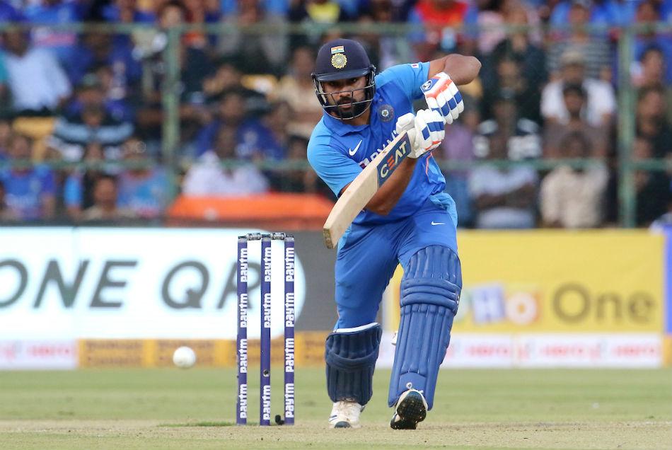 रोहित ने 4 मैचों में बना दिये हैं 450 रन