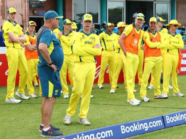 कैरिबियाई गेंदबाजों के सामने पस्त हुए कंगारु