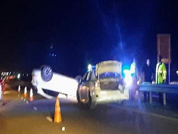 जमैका हाईवे 2000 पर हुआ कार हादसा