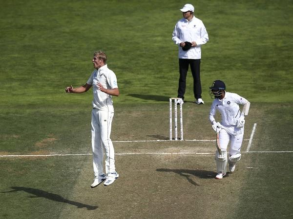 भारतीय बल्लेबाजों पर हावी कीवी गेंदबाज