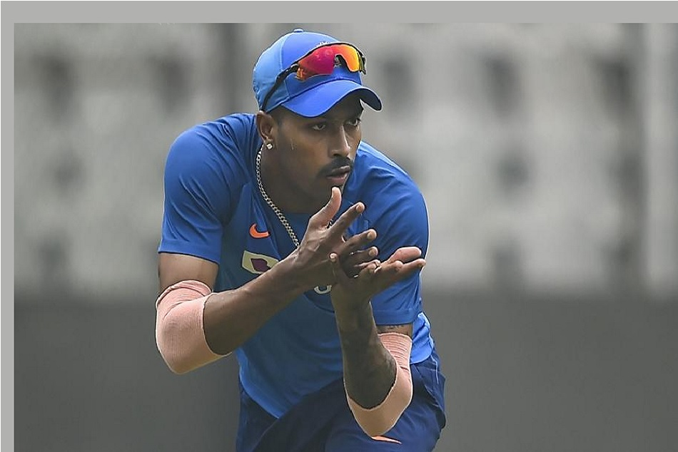 IPL 2020: Mumbai Indians bowling coach Shane Bond expects Hardik Pandya to play before IPL