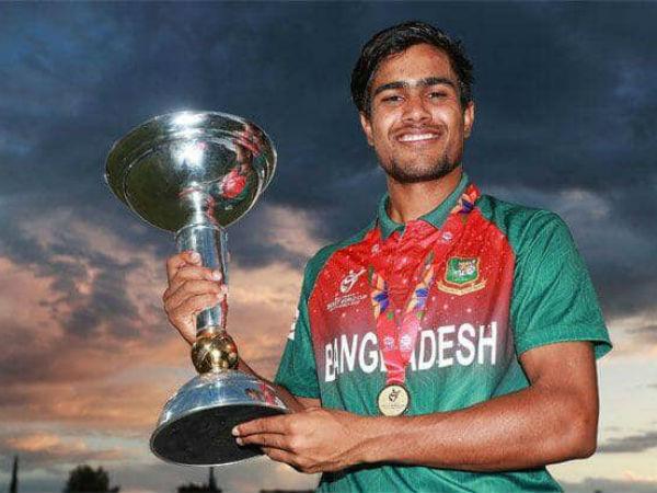 बांग्लादेशी कप्तान ने शर्मनाक हरकत के लिये मांगी थी माफी