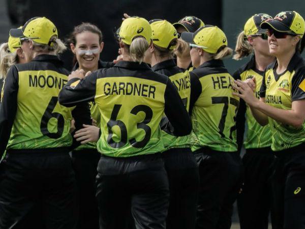 ऑस्ट्रेलियाई गेंदबाजों के सामने बिखरी बांग्लादेश