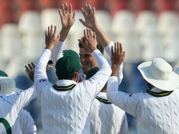 पारी और रनों की बड़ी हार से बांग्लादेश को दी मात