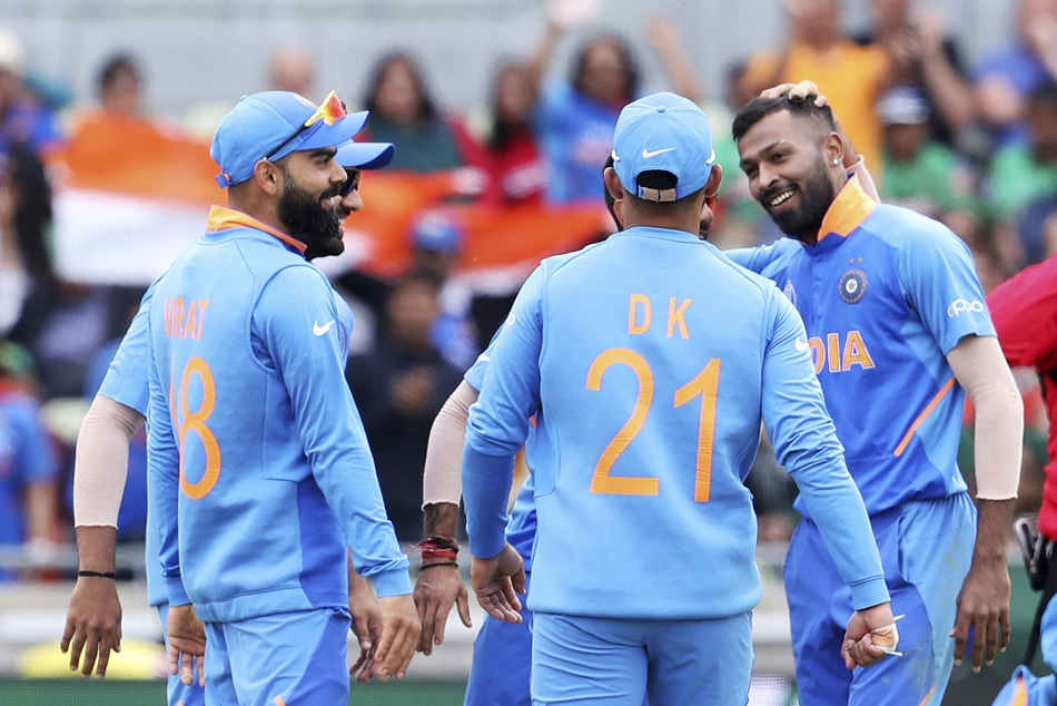 हार्दिक के घर आने वाला है नन्हा मेहमान, सोशल मीडिया पर ट्रोल हो गये भारतीय कप्तान
