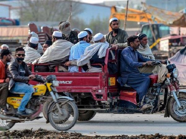 बताया पाकिस्तान का हाल