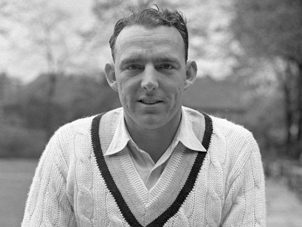 बॉब एप्लीयार्ड बने सबसे सफल गेंदबाज, 20 रन और पारी से जीता इंग्लैंड
