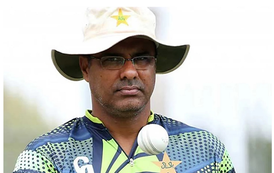 Waqar Younis Twitter account hacked, liked the adult clip, says- I am leaving social media
