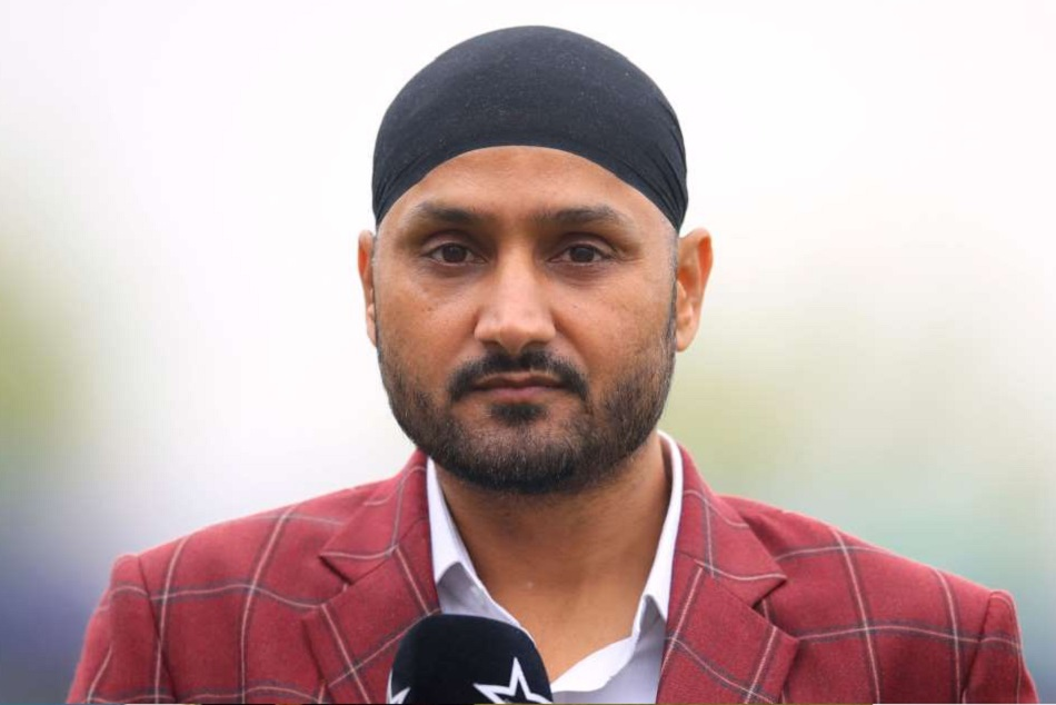 Harbhajan Singh explain difference between 2019 and 2020 in a hilarious way