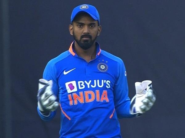राहुल कब विकेटकीपर बनें, पता नहीं