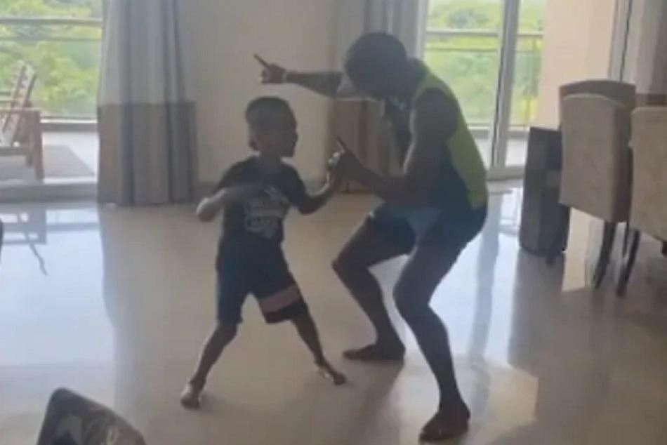 VIDEO : आयशा को मनाने के लिए धवन ने लिया बेटे का सपोर्ट, पंजाबी गाने पर किया डांस