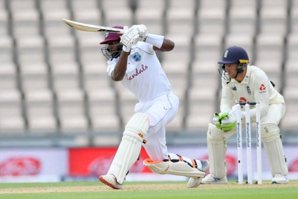 ब्रैथवेट ने खेली 65 रनों की पारी खेली
