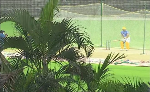 चेन्नई में CSK कैम्प में बहा रहे थे पसीना-