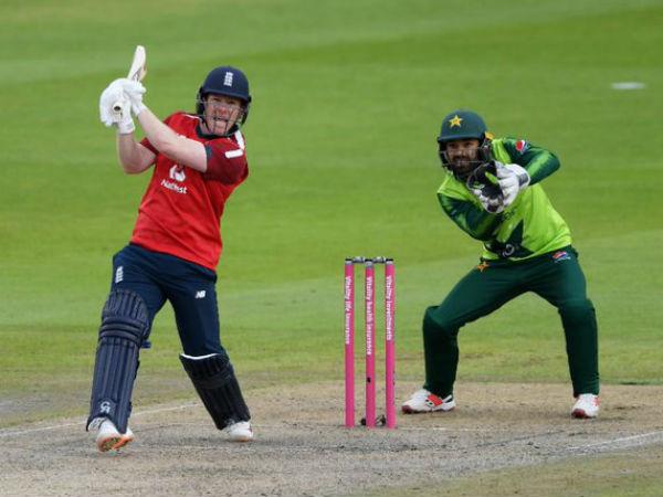 पाकिस्तान ने दिया 196 रनों का टारगेट