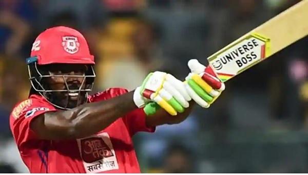 आईपीएल के शीर्ष पांच छक्के लगाने वाले खिलाड़ी-