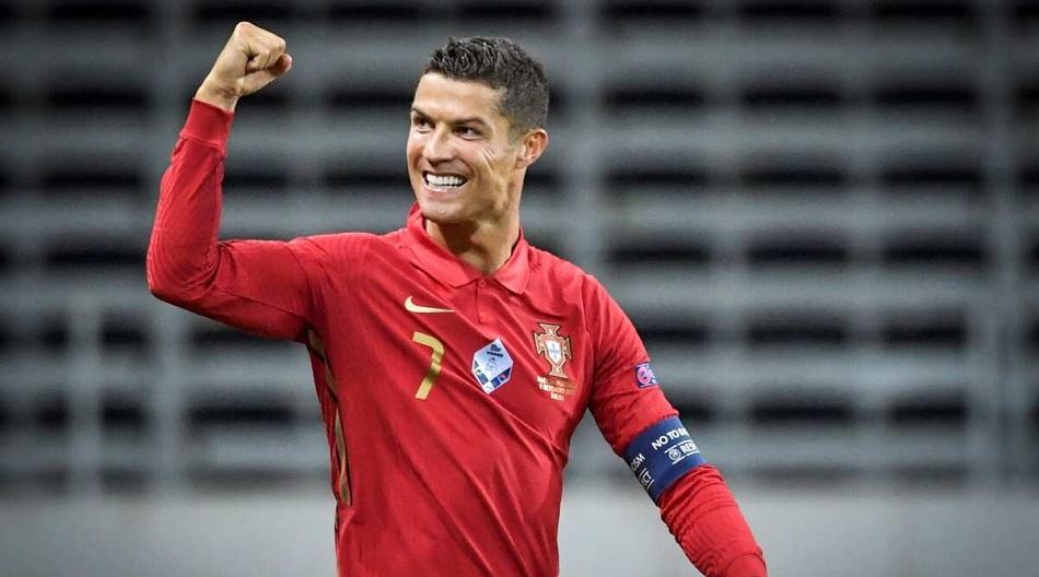 Cristiano Ronaldo eyes on Ali Daeis maximum International goal record