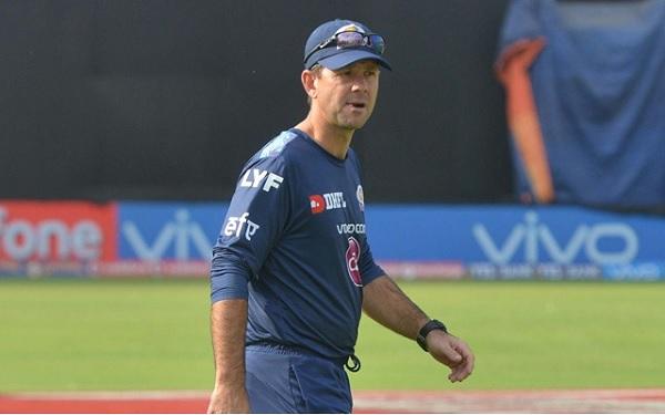 पांच बार आईपीएल ट्रॉफी जीत चुके हैं रोहित-