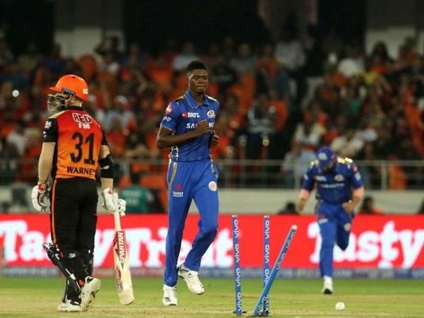12 रन देकर झटके थे 6 विकेट