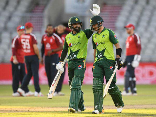 5 रन से रोमांचक मैच जीता पाकिस्तान
