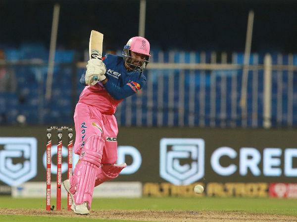 एक ओवर में जड़े 5 छक्के, बदल दिया मैच का रुख