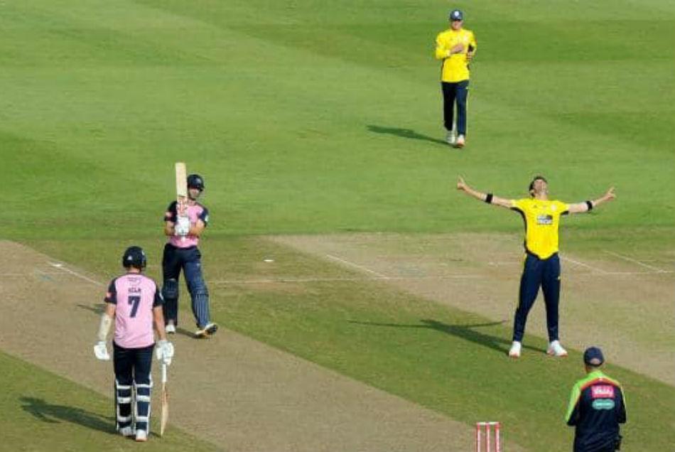 4 गेंद में 4 विकेट ले शाहीन अफरीदी ने रचा इतिहास, हासिल किया खास मुकाम