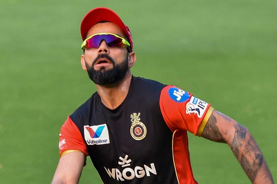 गंभीर ने बताया आईपीएल में कोहली से बेहतर क्योंं हैं धोनी