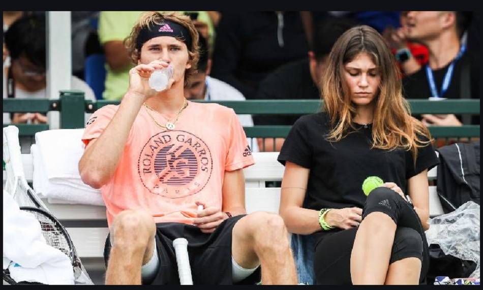 Tennis star Alexander Zverev Ex-girlfriend accuses him, says he tried to strangle her with a pillow