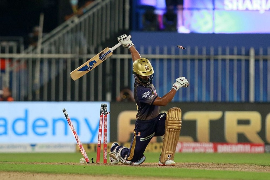 IPL 2020: 3 Mistakes of KKR which cause Delhi Capitals to win, Dinesh Karthik must improve himself