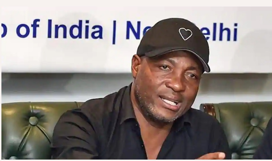 IPL 2020: Brian Lara points out there is something wrong happening in Kolkata Knight Riders camp