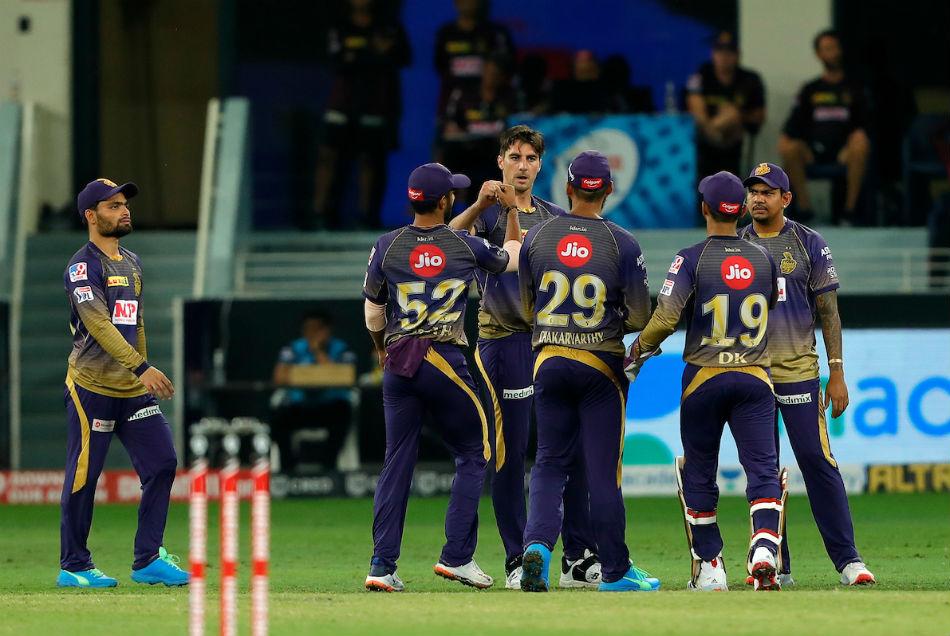 IPL 2020: चेन्नई ने बिगाड़ा कोलकाता का खेल, 6 विकेट से हराकर प्लेऑफ से किया बाहर