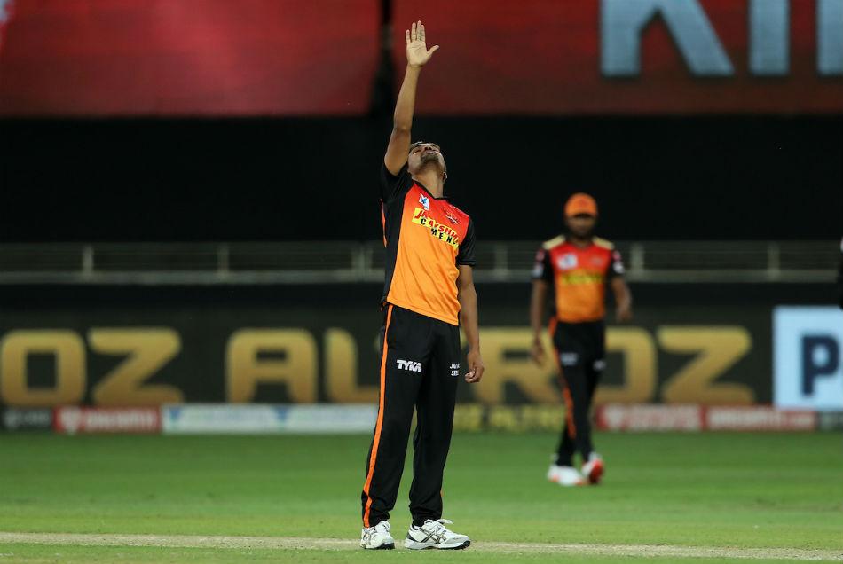 IPL 2020: संदीप शर्मा ने पंजाब के खिलाफ लगाया विकेटों का शतक, नाम किये कई बड़े रिकॉर्ड