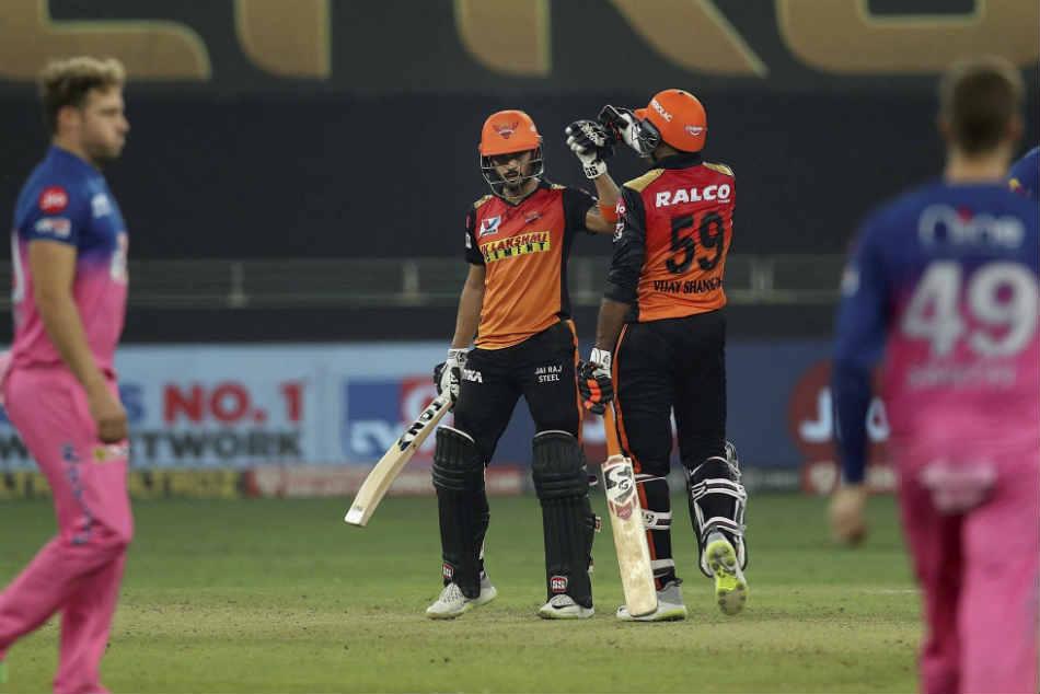राजस्थान की टीम को हैदराबाद का जवाब, 'इनकी बिरयानी कैंसल कर दीजिए, इनके लिए दाल-बाटी ही ठीक है'