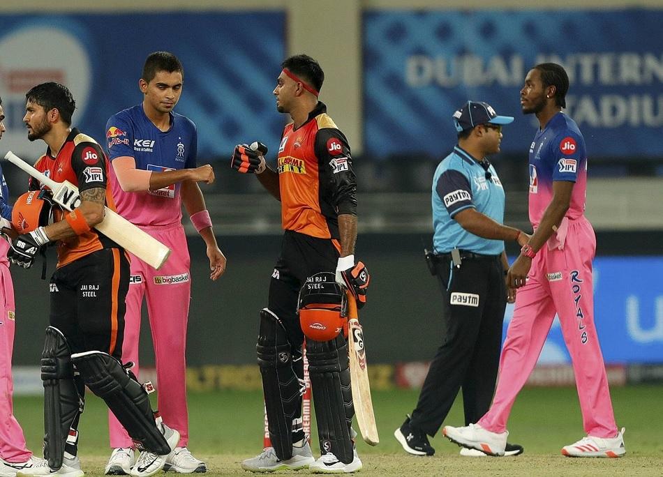 IPL 2020: सनराइजर्स हैदराबाद को लगा झटका, चोट के चलते टूर्नामेंट से बाहर हुए विजय शंकर
