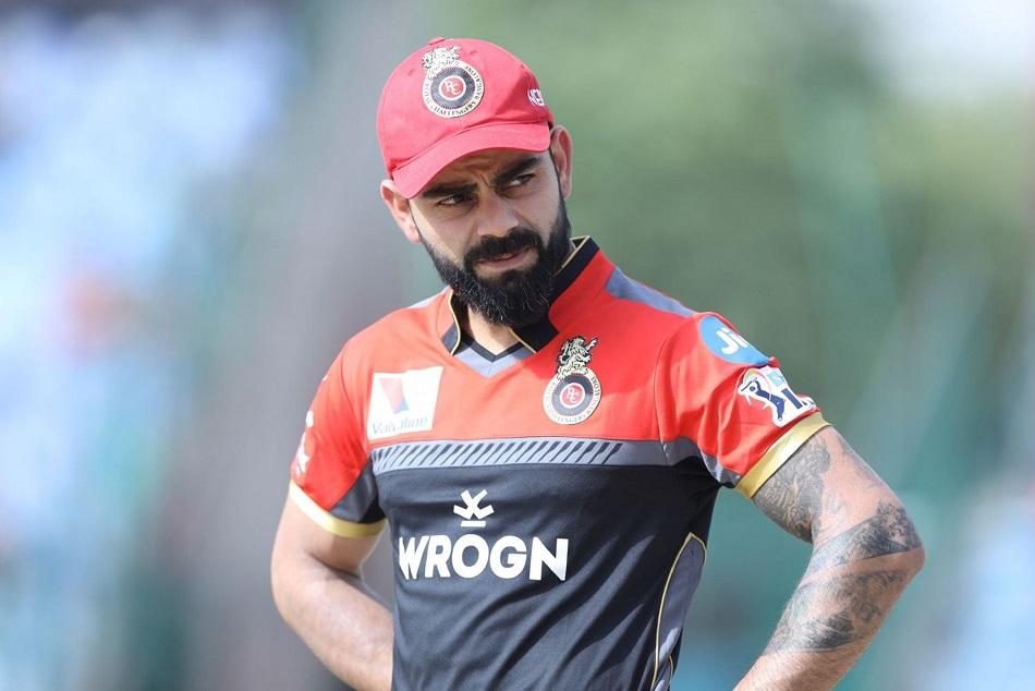 मैच के दौरान जब मैदान से विराट कोहली ने अनुष्का से पूछा, खाना खाया?