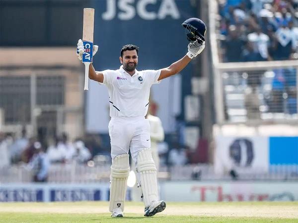 रोहित अभी भारत में हैं-