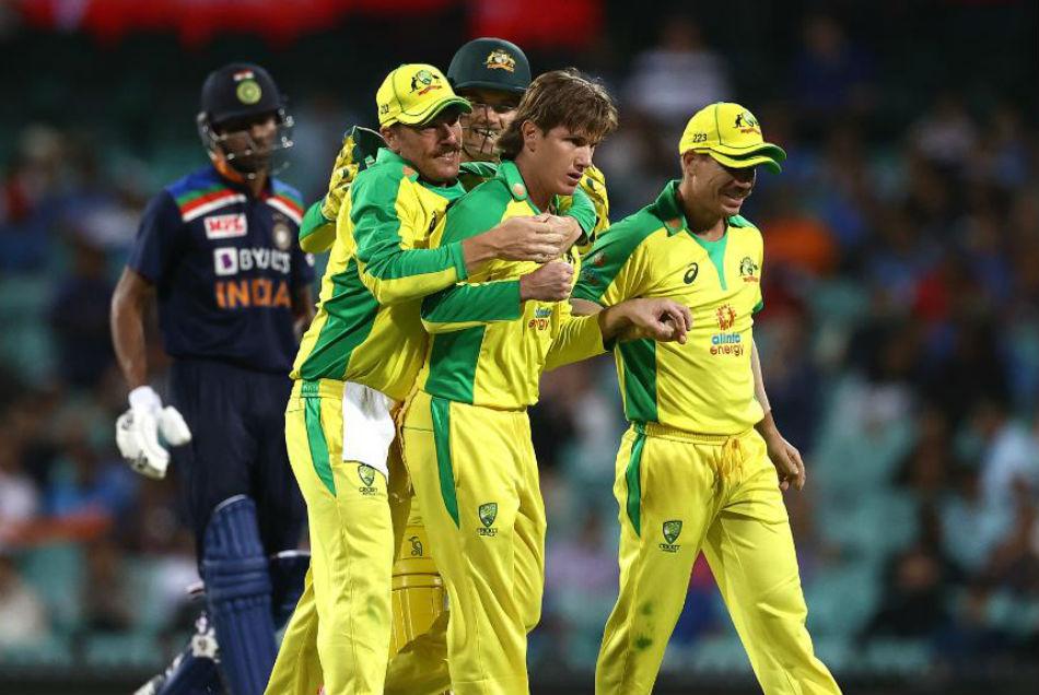 AUS vs IND: हेजलवुड-जाम्पा ने तोड़ी भारतीय टीम की कमर, भारत को 66 रनों से हराया