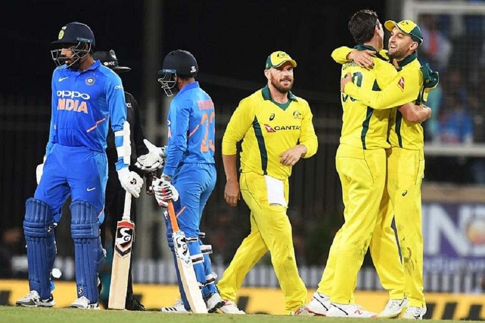 AUS vs IND: भारतीय टीम को खल रही है धोनी की कमी, माइकल होल्डिंग ने दी वार्निंग