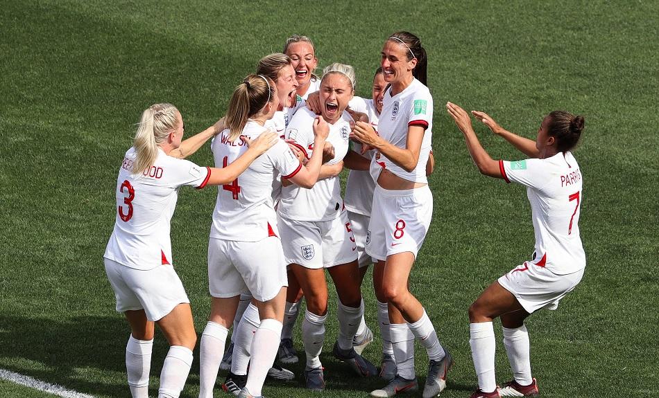 महिला खिलाड़ियों को मातृत्व अवकाश की गारंटी देगा फीफा