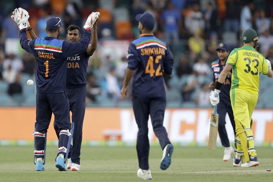 IND vs AUS : नटराजन ने डेब्यू मैच में लिया विकेट, BCCI ने भी की प्रशंसा