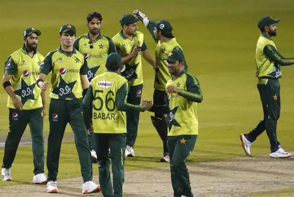 NZ vs PAK: कोरोना संक्रमण को लेकर न्यूजीलैंड बोर्ड ने पाकिस्तान पर की बड़ी कार्रवाई, प्रैक्टिस पर लगाया बैन