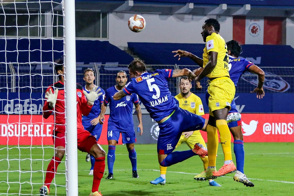 ISL 7: Mumbai City FC win by 3-1 during a match against Bengaluru FC