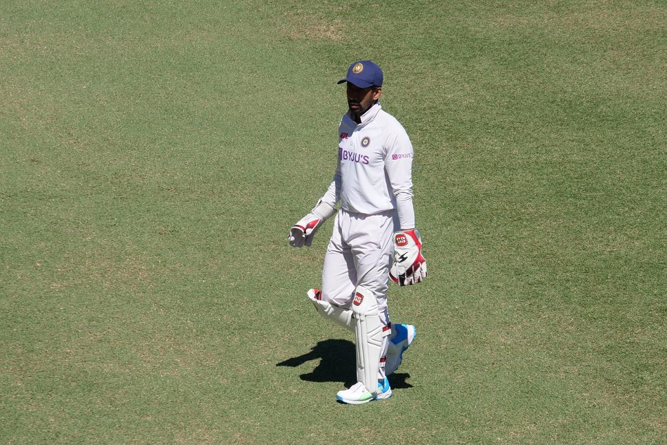 IND vs AUS: Rishabh Pant goes for scan, wriddhiman saha keeps wickets for 2nd inning