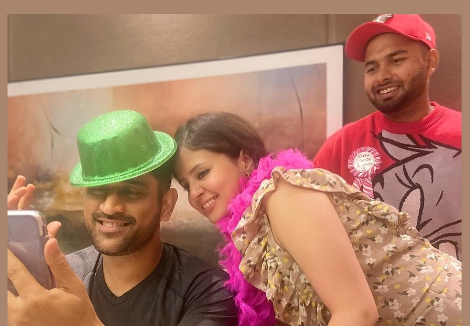 Rishabh Pant enjoys his time with MS Dhoni and Sakshi after career defining Australian tour