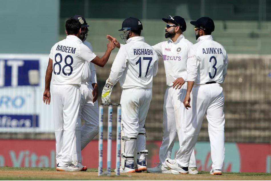 भारतीय गेंदबाजों ने की एक्सट्रा रनों की बारिश, नो बॉल का बनाया रिकॉर्ड