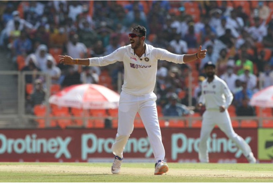 IND vs ENG: मोटेरा में हिरवानी को पीछे छोड़ सकते हैं अक्षर पटेल, नाम करेंगे टेस्ट क्रिकेट का सबसे बड़ा रिकॉर्ड