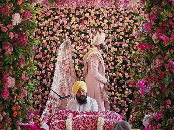 खुद बुमराह ने शेयर की शादी की तस्वीर, लिखा प्यारा सा मैसेज