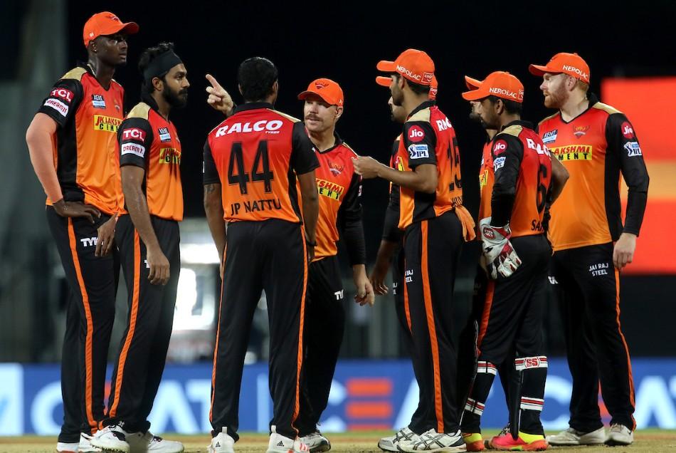 IPL इतिहास के वो 4 मैच जब हैदराबाद की टीम ने आखिरी ओवर्स में गंवाया मैच, जीत की दहलीज पर पहुंच कर हारी